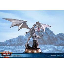 First 4 Figures YU-GI-OH PVC Statue 35cm - Blue-Eyes White Dragon White Edition