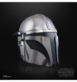 Hasbro STAR WARS Black Series Electronic Helmet - The Mandalorian