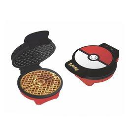 Uncanny Brands POKEMON Waffle Maker - Pokeball