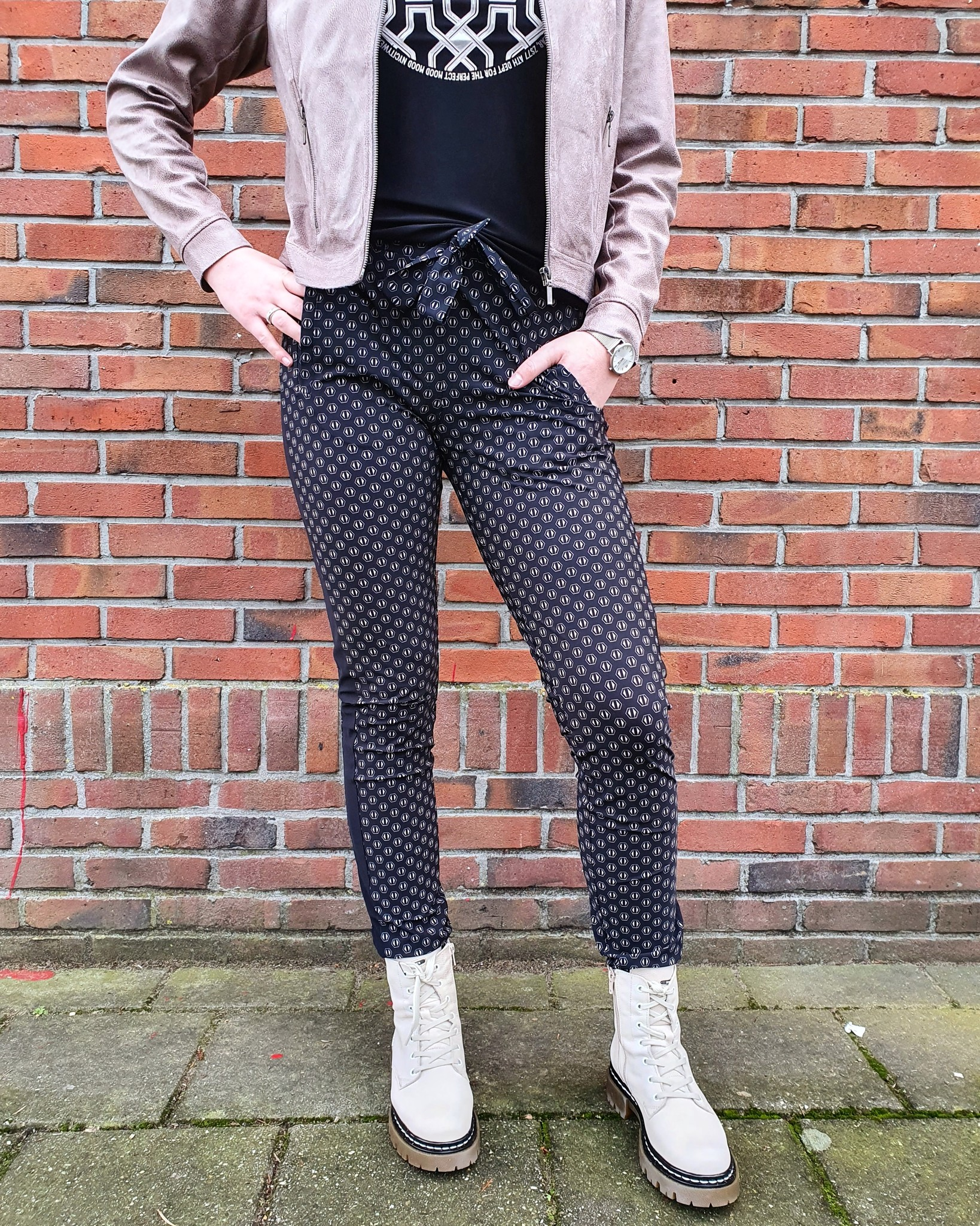 Zoso Zoso Karin Printed travelpant  with piping