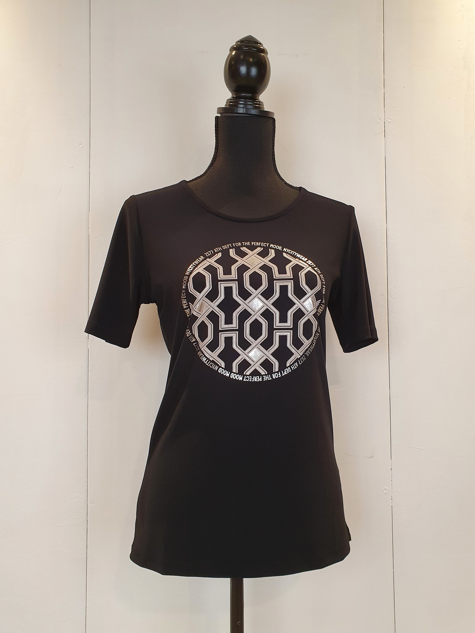 Zoso Zoso Marcella Splendour shirt with print  Black