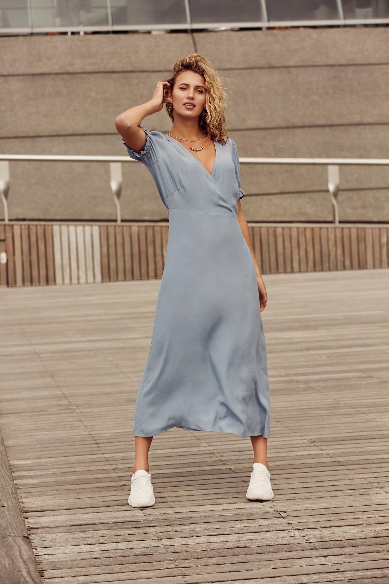 C&S The label C&S The label jurk Imara licht jeansblauw
