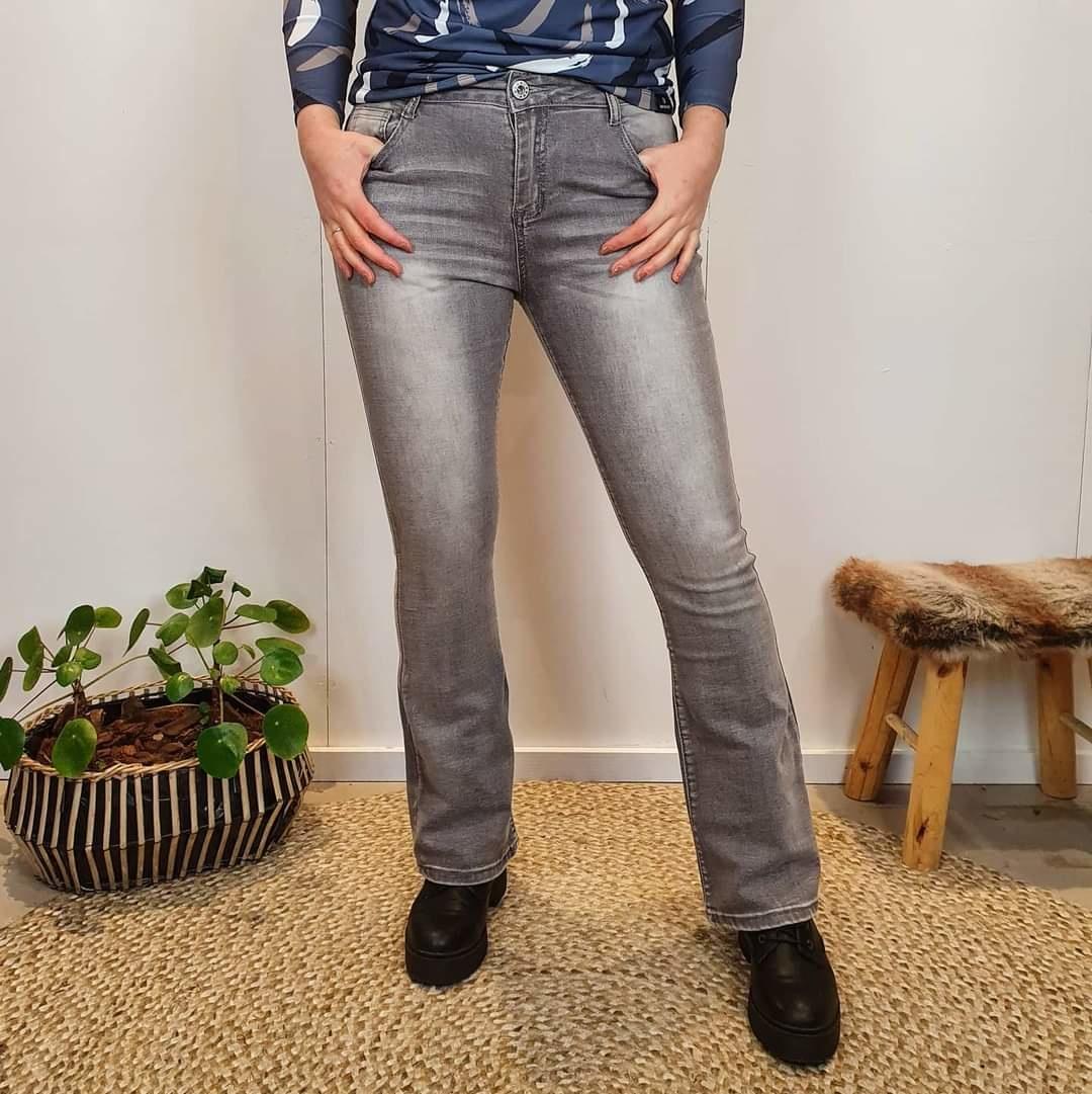 C&S The label C&S The label flair jeans Fee grijs denim