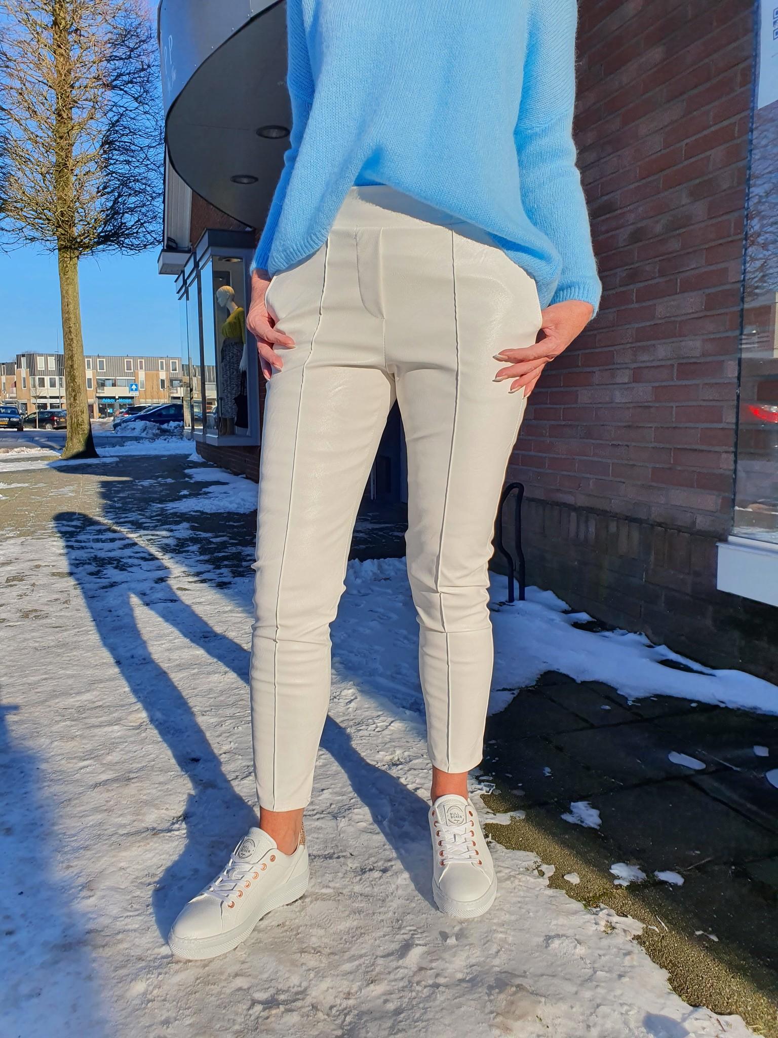 Chastar Chastar broek leatherlook off white