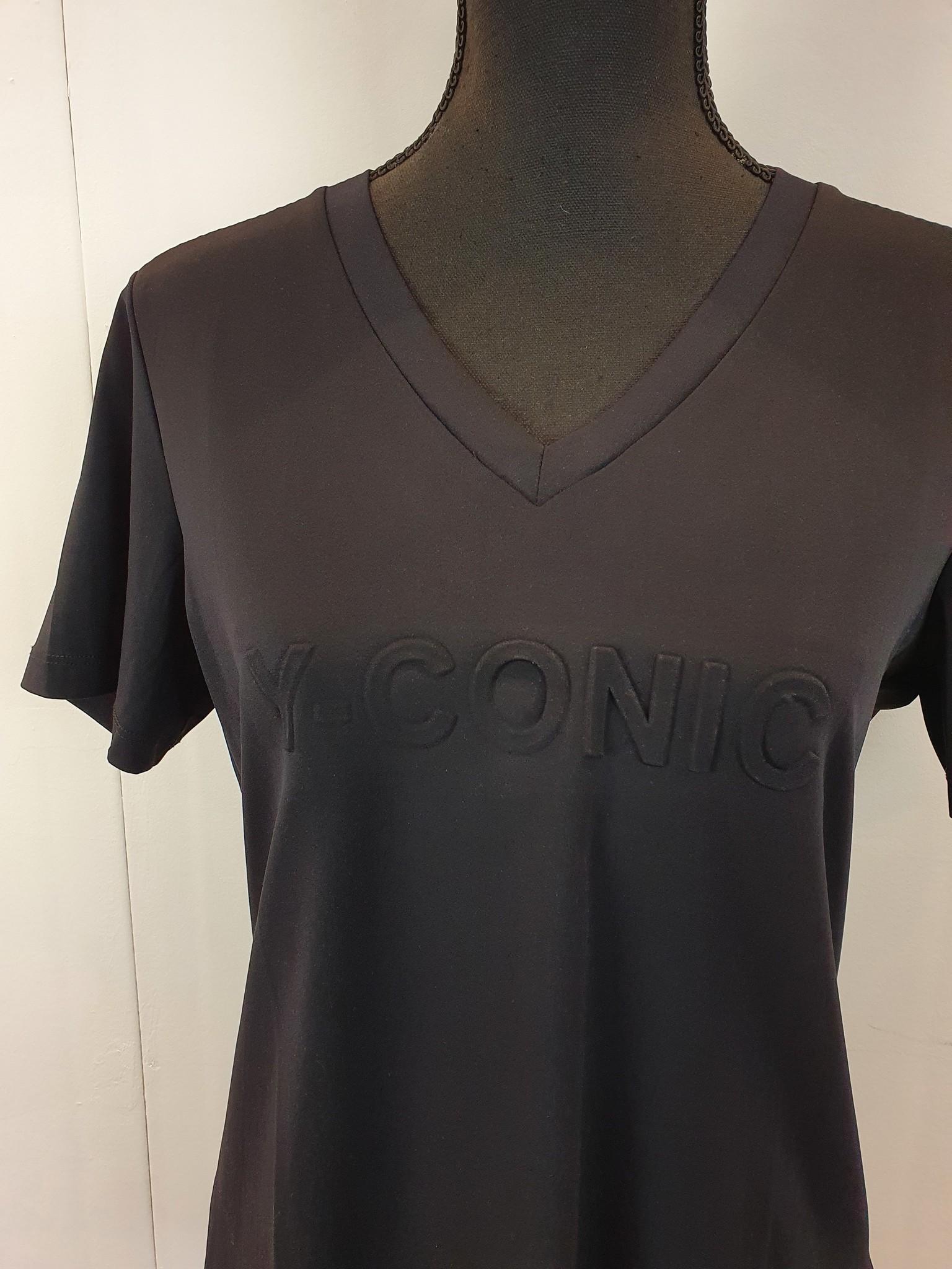 Y-Conic t-shirt Shantionea