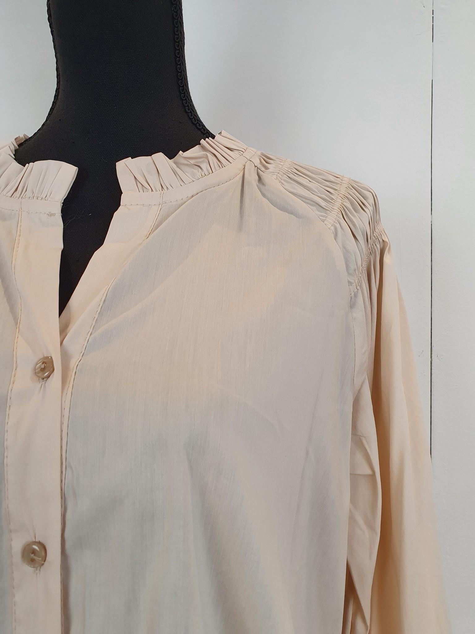 Chastar Chastar blouse beige