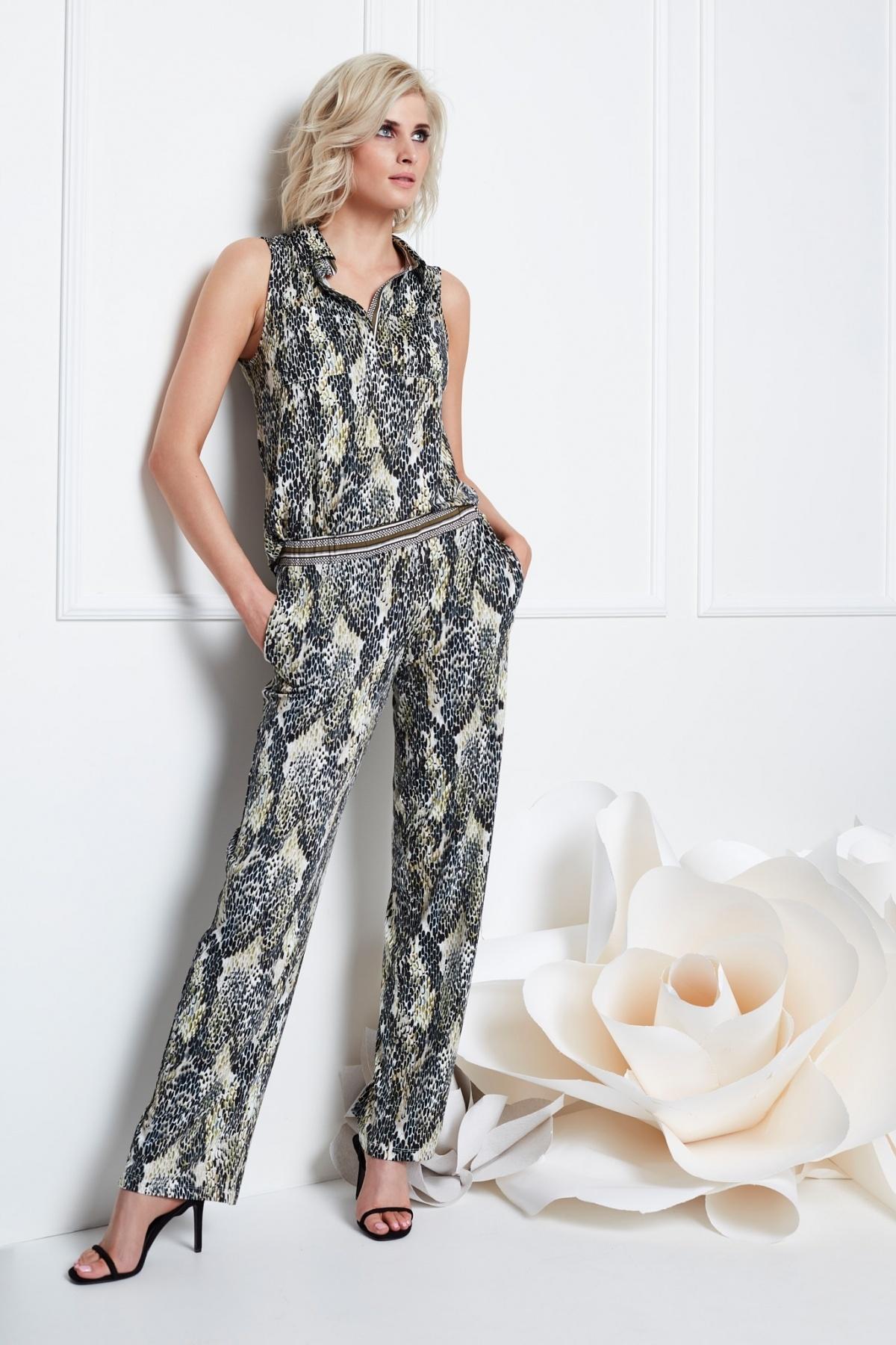 K-Design K-Design jumpsuit met slangen print S887