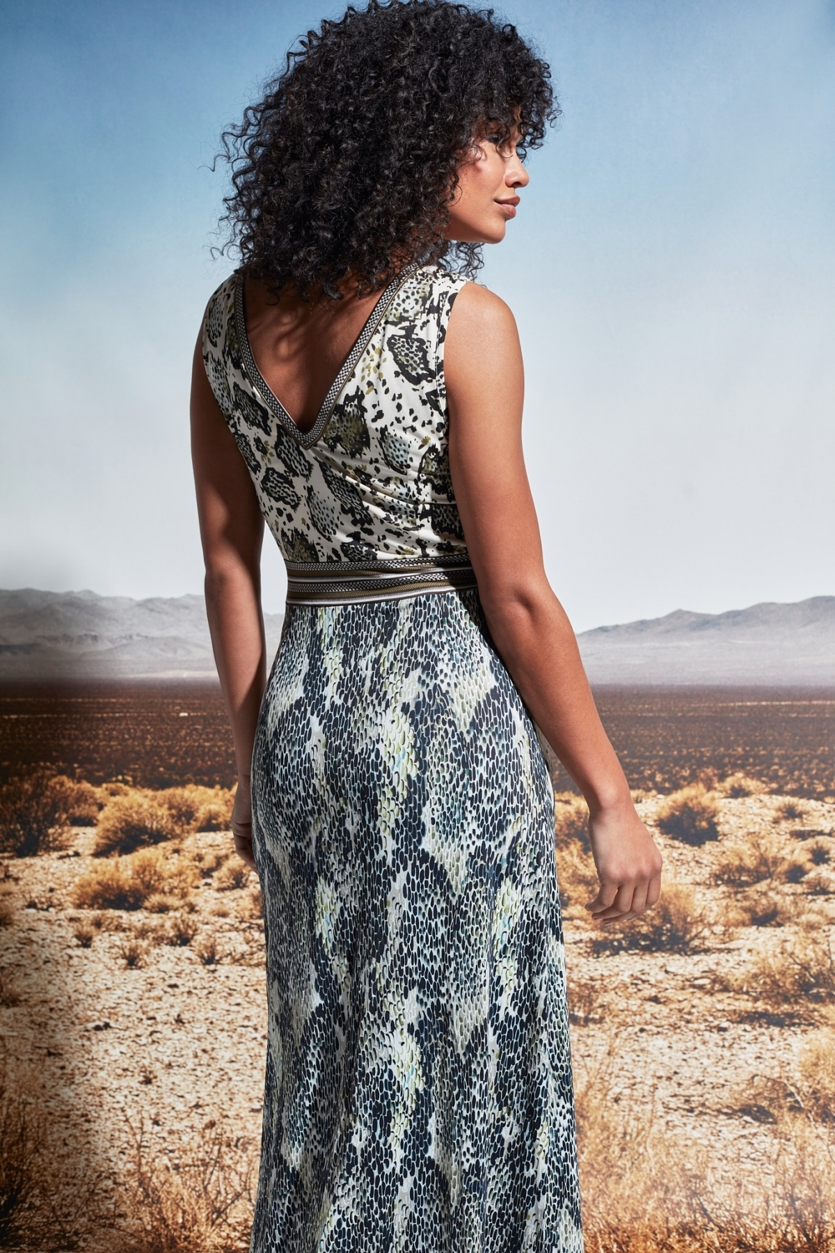 K-Design K-Design jurk slangenprint mouwloos S886