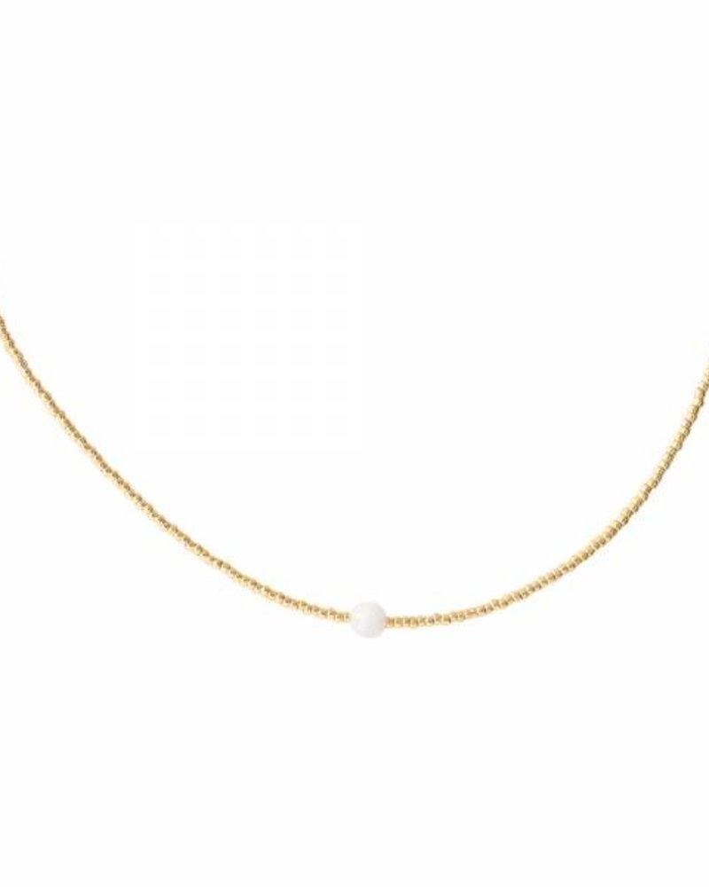 A Beautiful Story Flora Necklace Moonstone Gold
