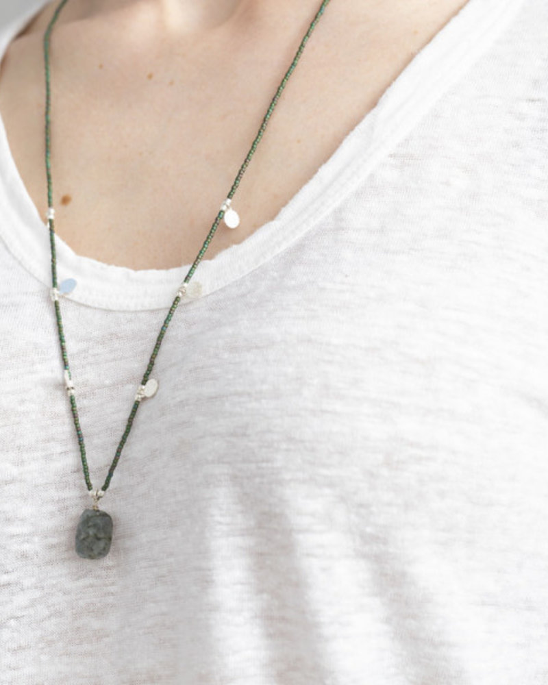 A Beautiful Story Charming Necklace Labradorite Silver