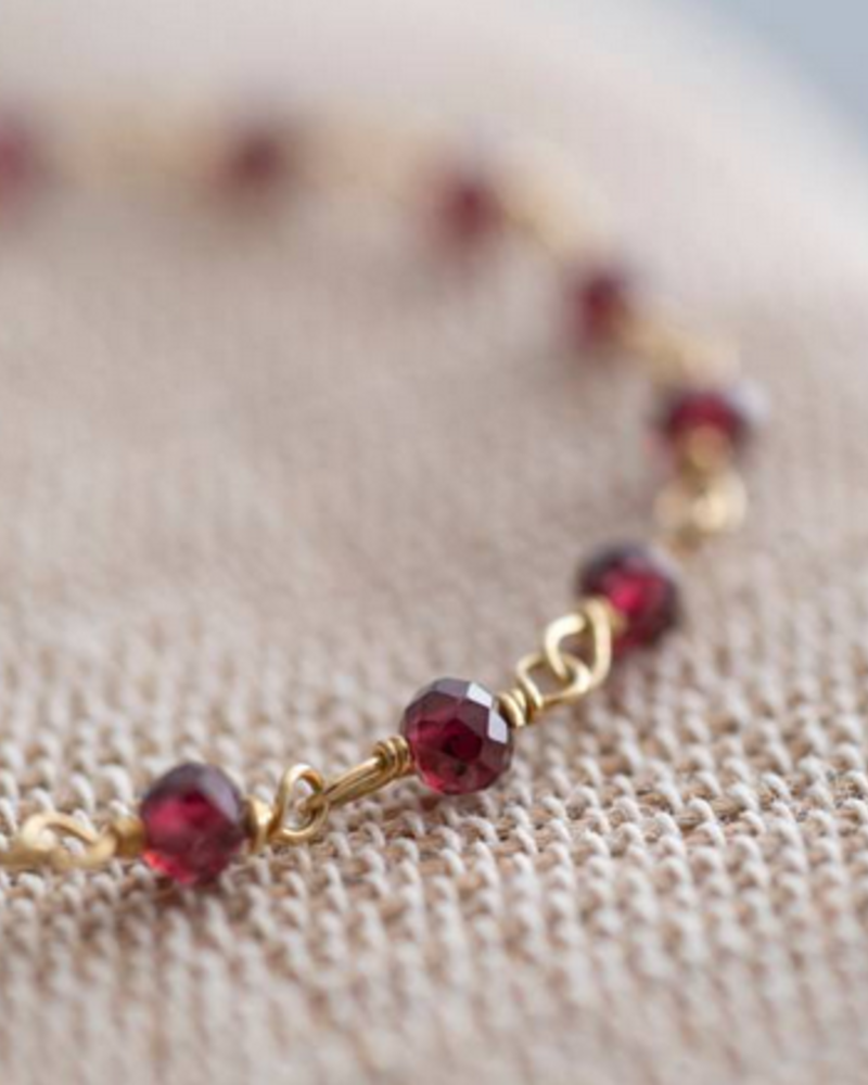 A Beautiful Story Harmony Bracelet Garnet Gold-Plated