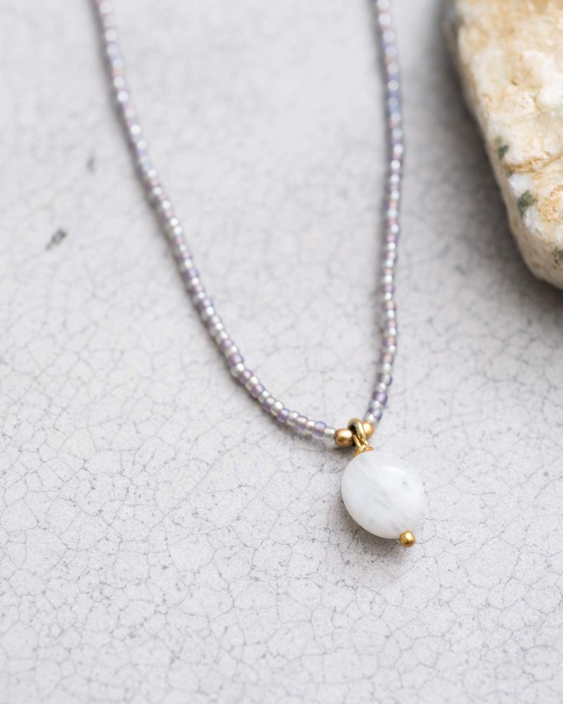 A Beautiful Story Magical Necklace Moonstone Gold