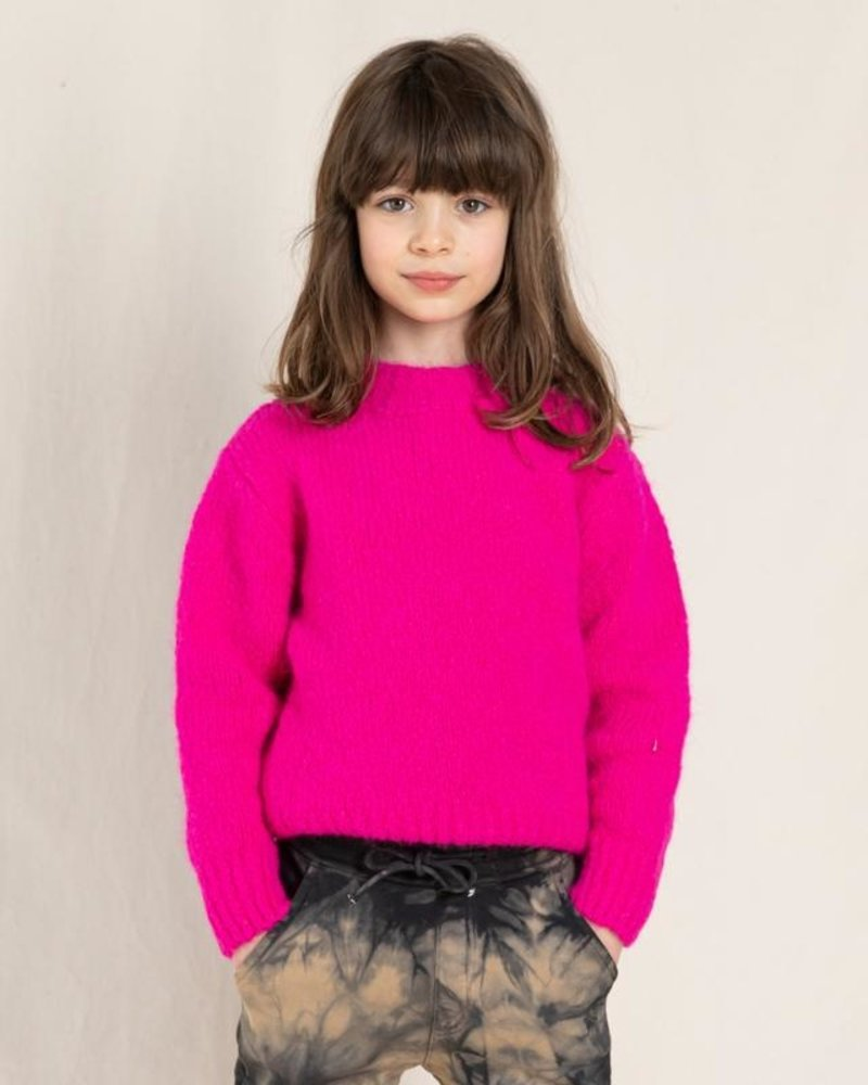 Finger in the nose Lona Knitwear Fun Pink