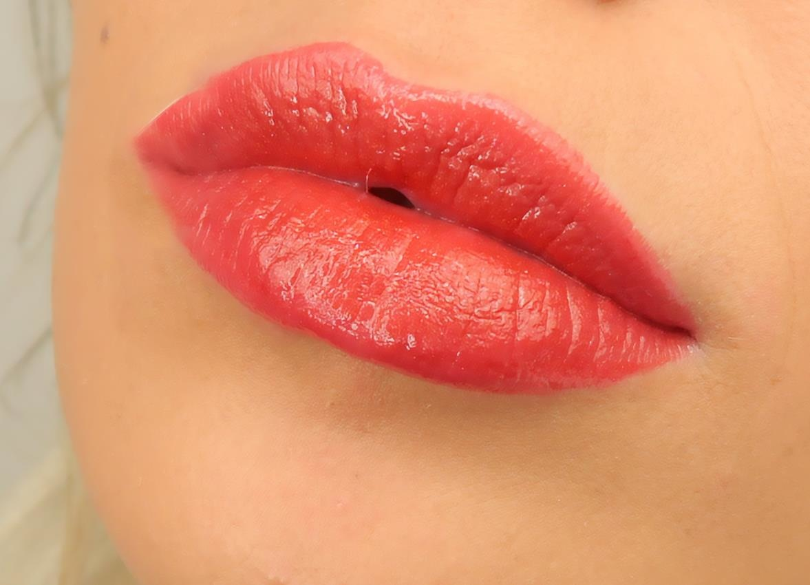 beMineral Lipgloss - RED DREAM-2
