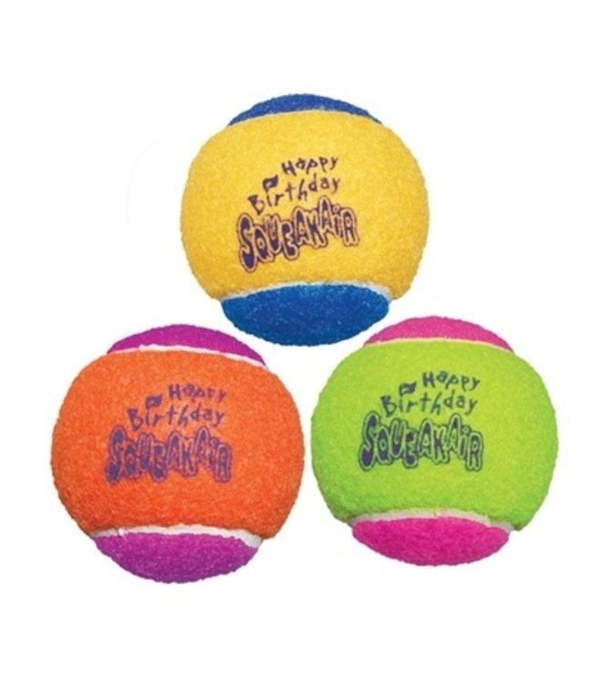 Kong squeakair birthday balls