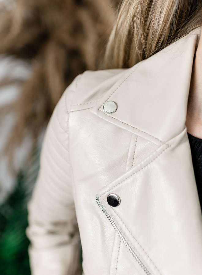 Beige lederlook jasje