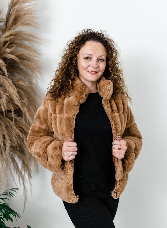 Bruine faux fur jas kort