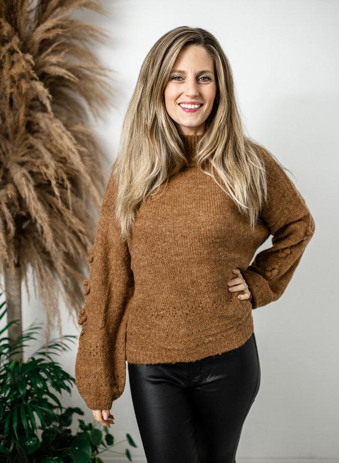 Bruine gebreide trui