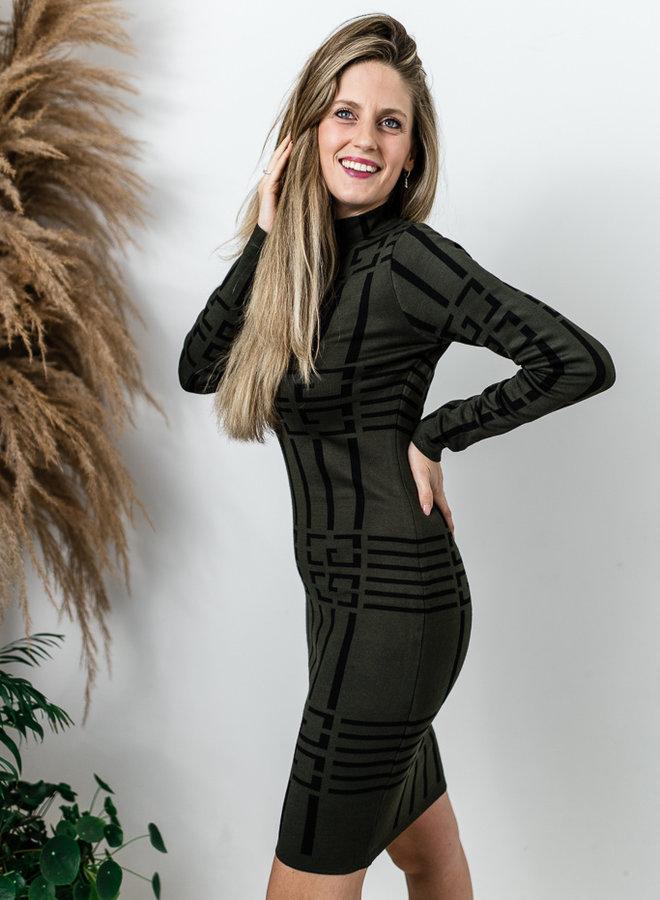 Kaki aansluitende jurk