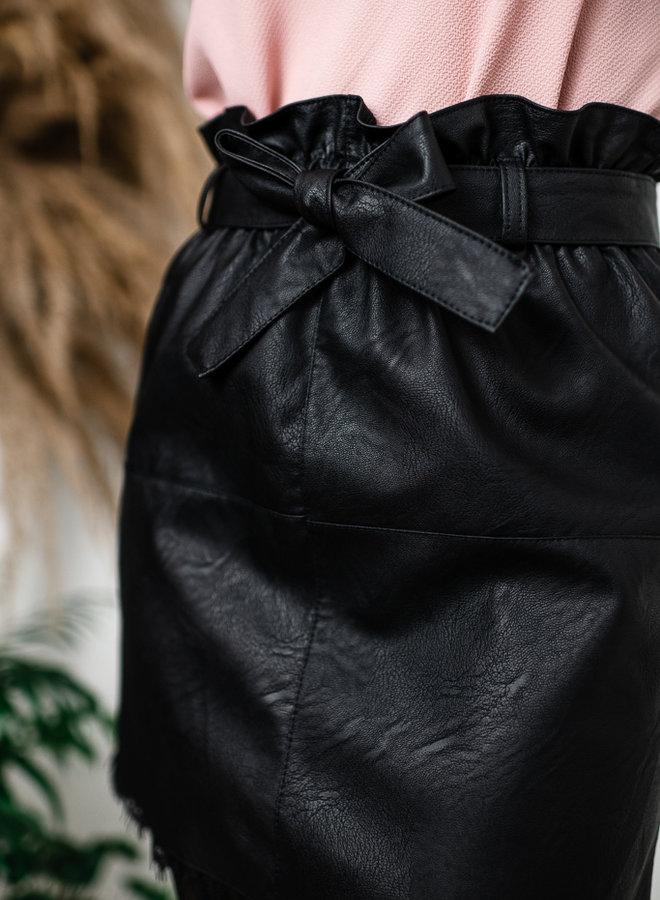 Zwarte lederlook rok met kant