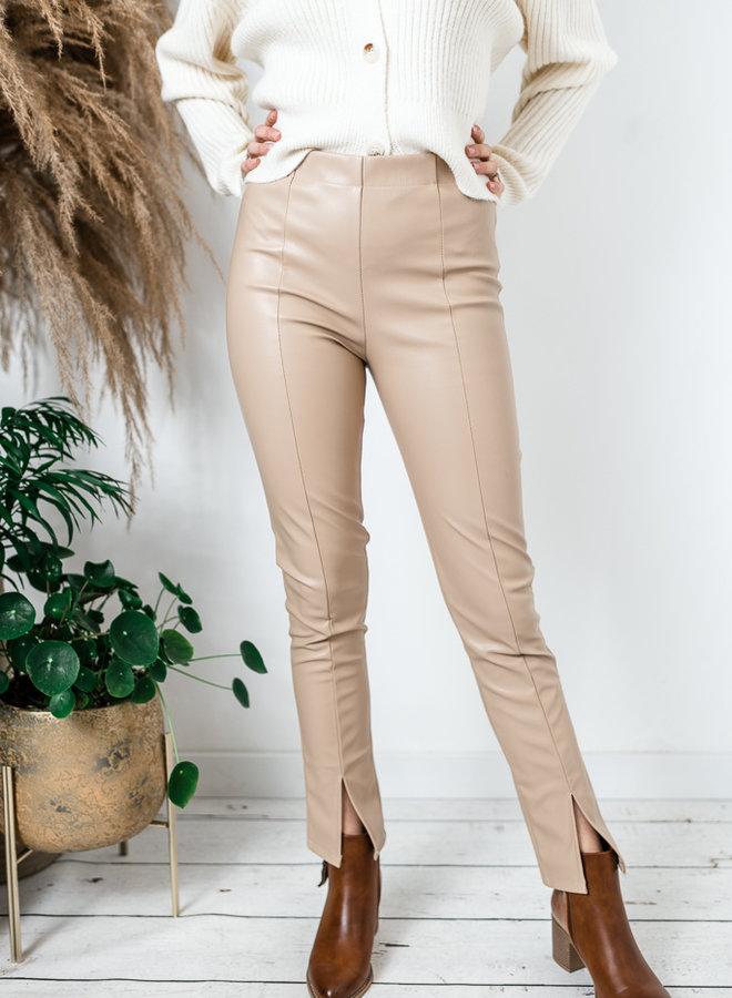 Lederlook broek met split beige