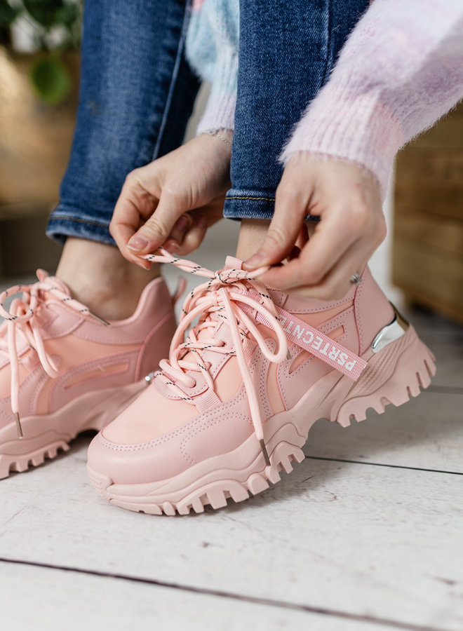 Savage Sneakers Pink