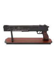 HELLSING - Jackal - ARMS 13mm Auto Anti-Freak Combat Pistol