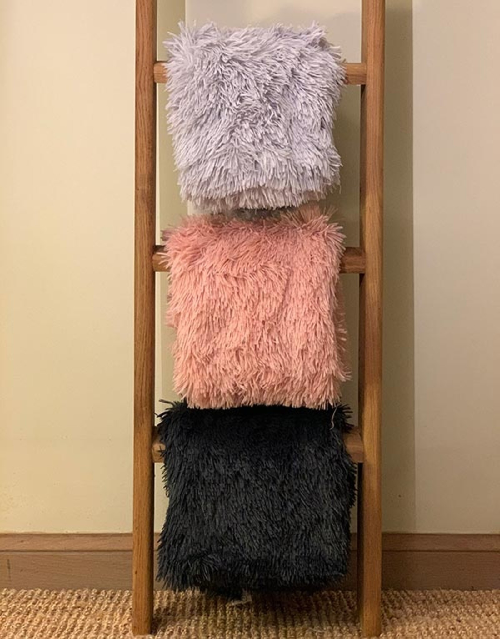 Fluffy Blanket | available in 3 colors