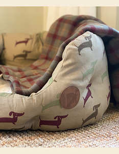 Snuggle Bed Dachshund