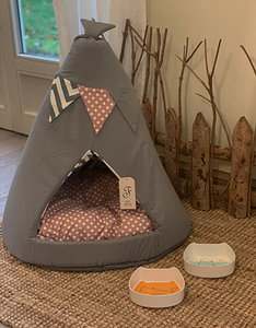 Teepee Tent Cat Basket