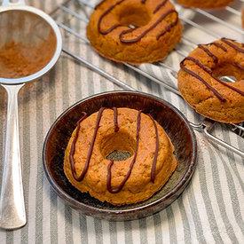 NIEUW! Doggo Donuts  met Wortel, Appel & Pindakaas (per 3 of per 6)