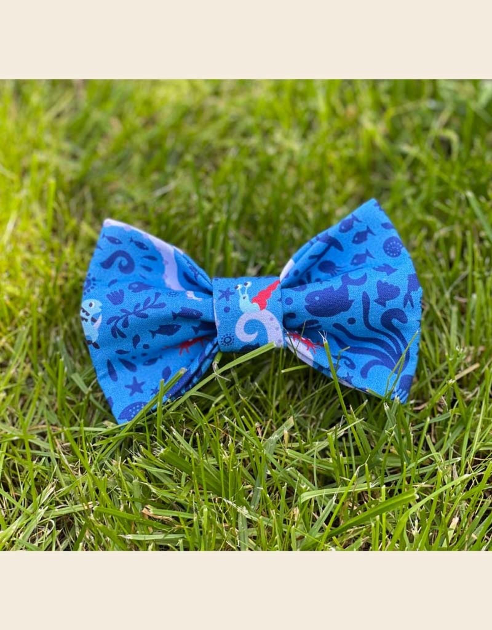 Bow Tie   Deep Blue Sea