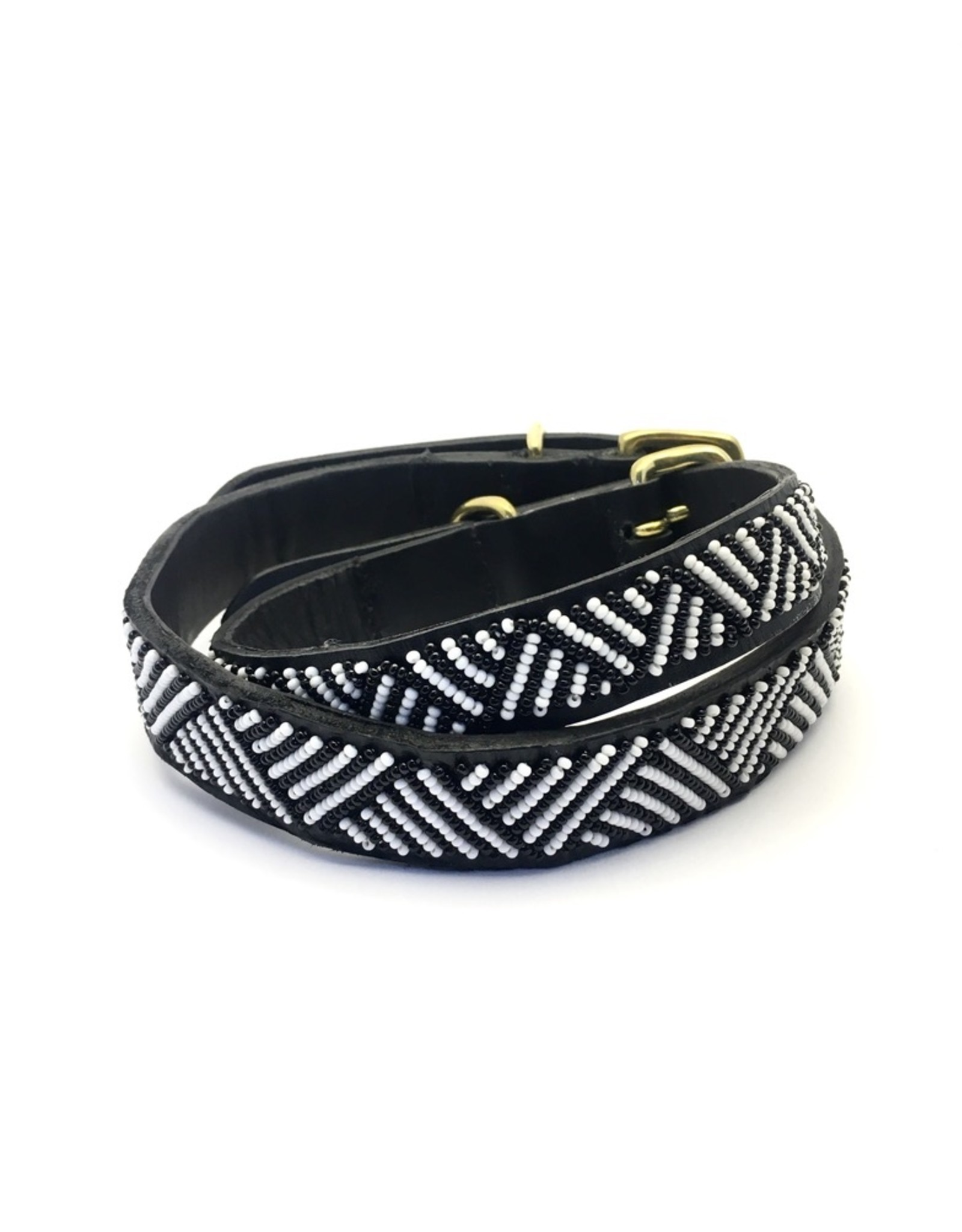 Maisha.Style Dog lead Elisa - black leather Maasai lead with black and white beads