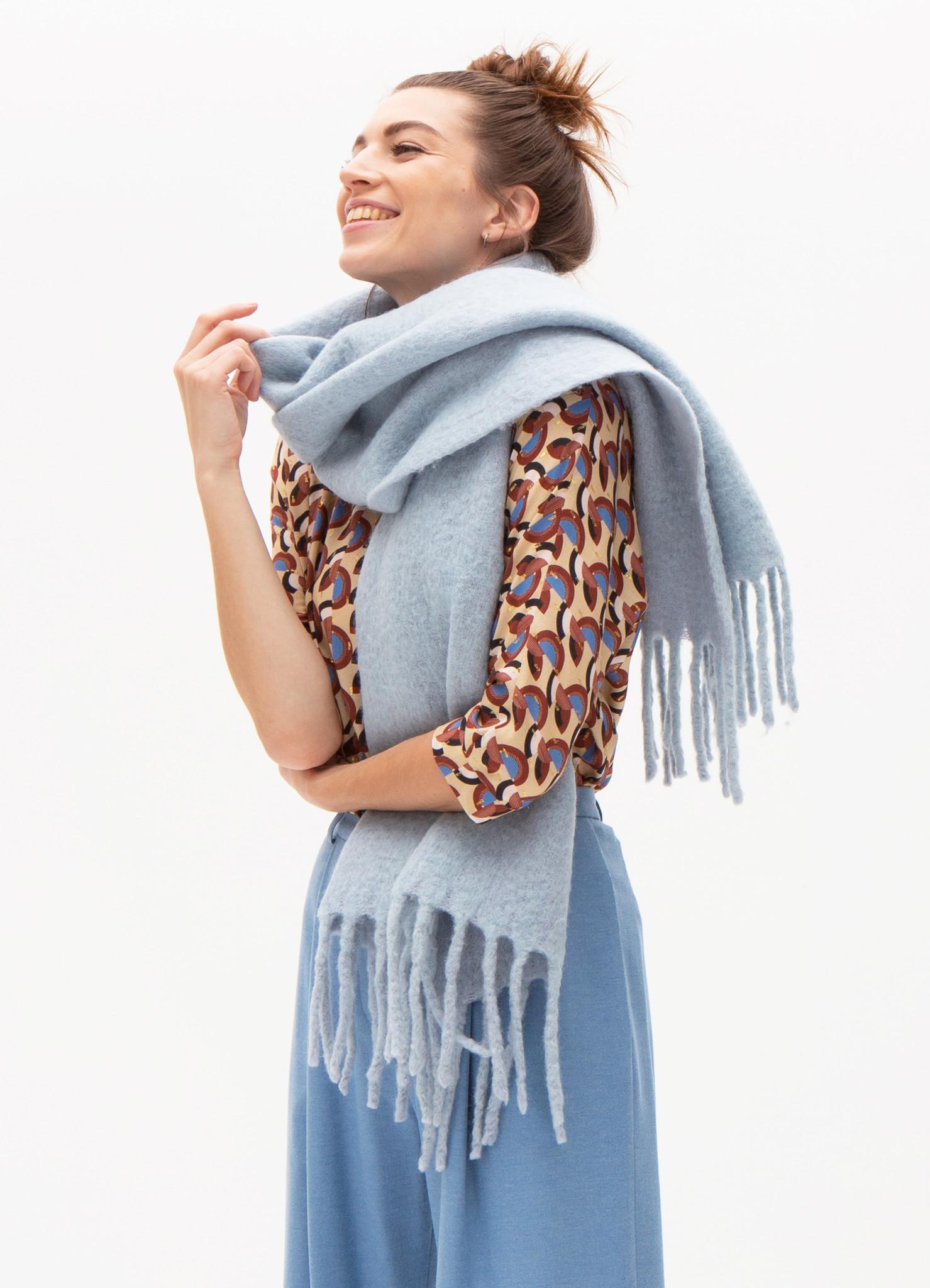 Cosy lichtblauwe sjaal-1