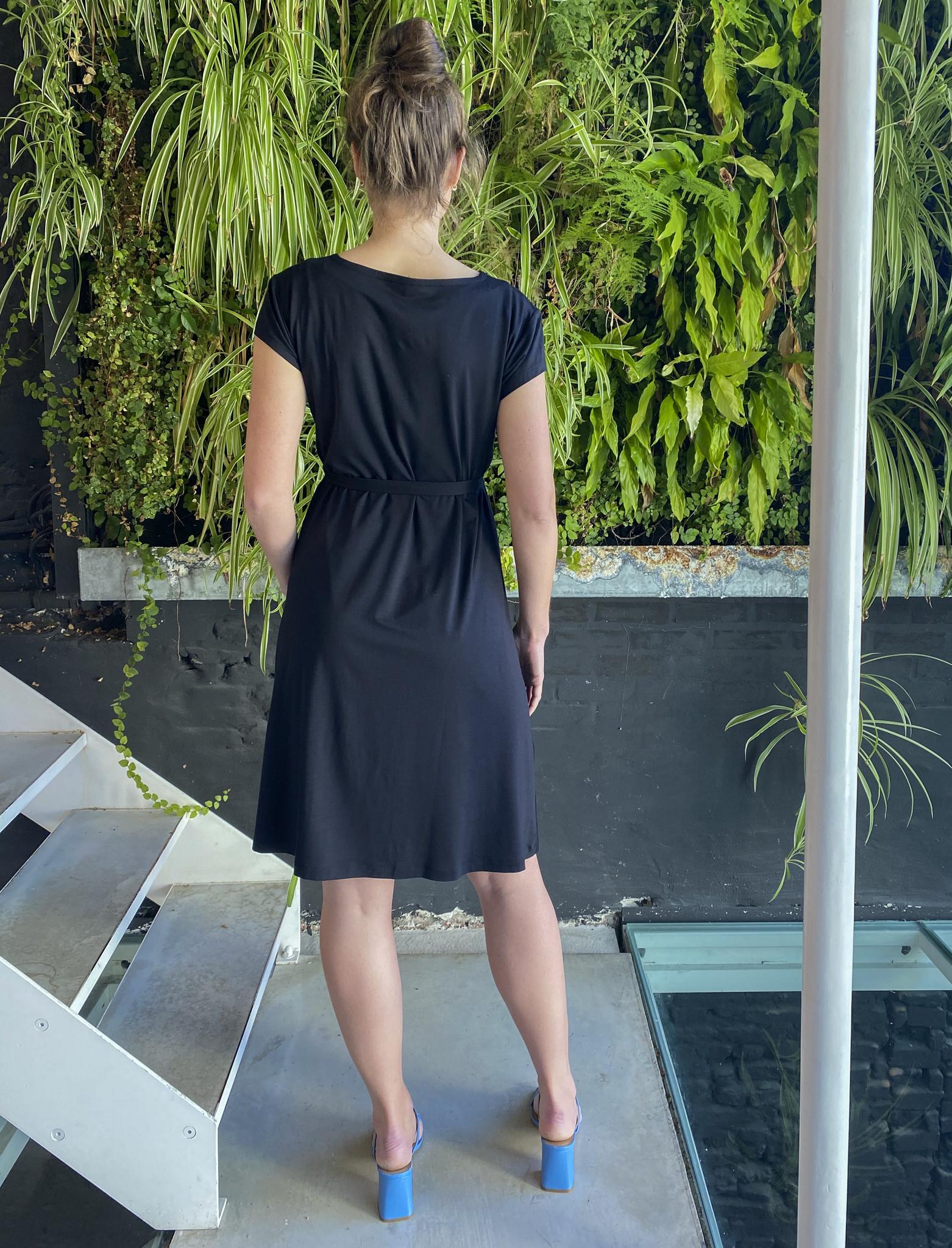 Pleated Dress Black-4