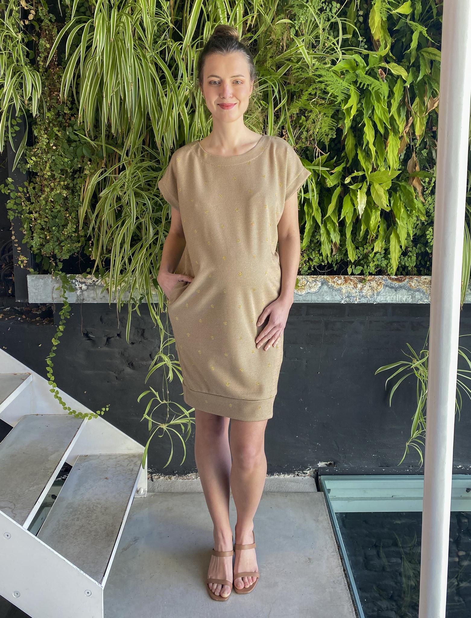 Low Waist Dress Beige Dots-1