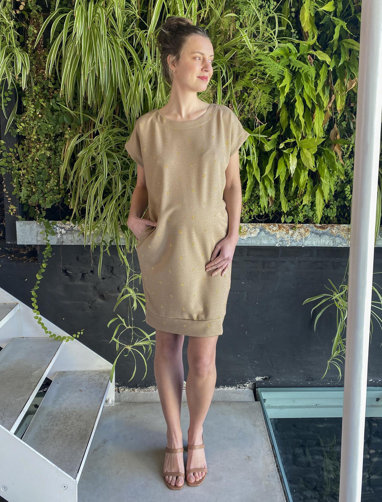 Low Waist Dress Beige Dots-2
