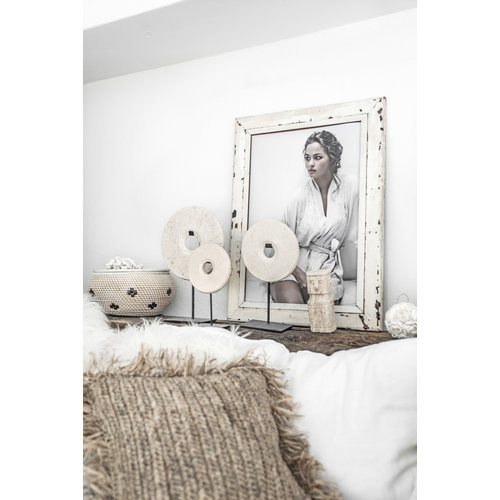 Bazar Bizar The Marble Disc on Stand - White - M