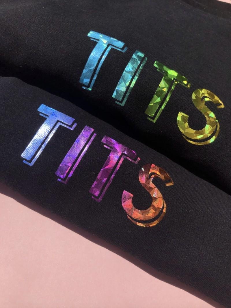 T.I.T.S. HOLOGRAPHIC LOGO T-SHIRT BLACK