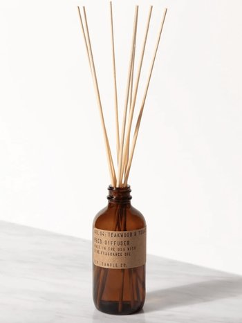 P.F. Candles Co. REED DIFFUSER