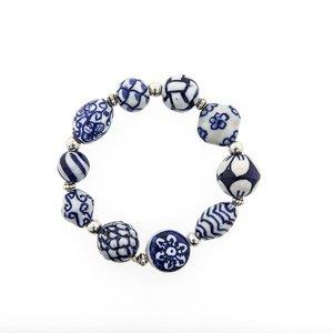 Armband met Delftsblauwe kralen