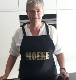 Keukenshort: Moeke