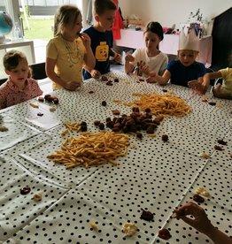 Friettafel voor een themafeest
