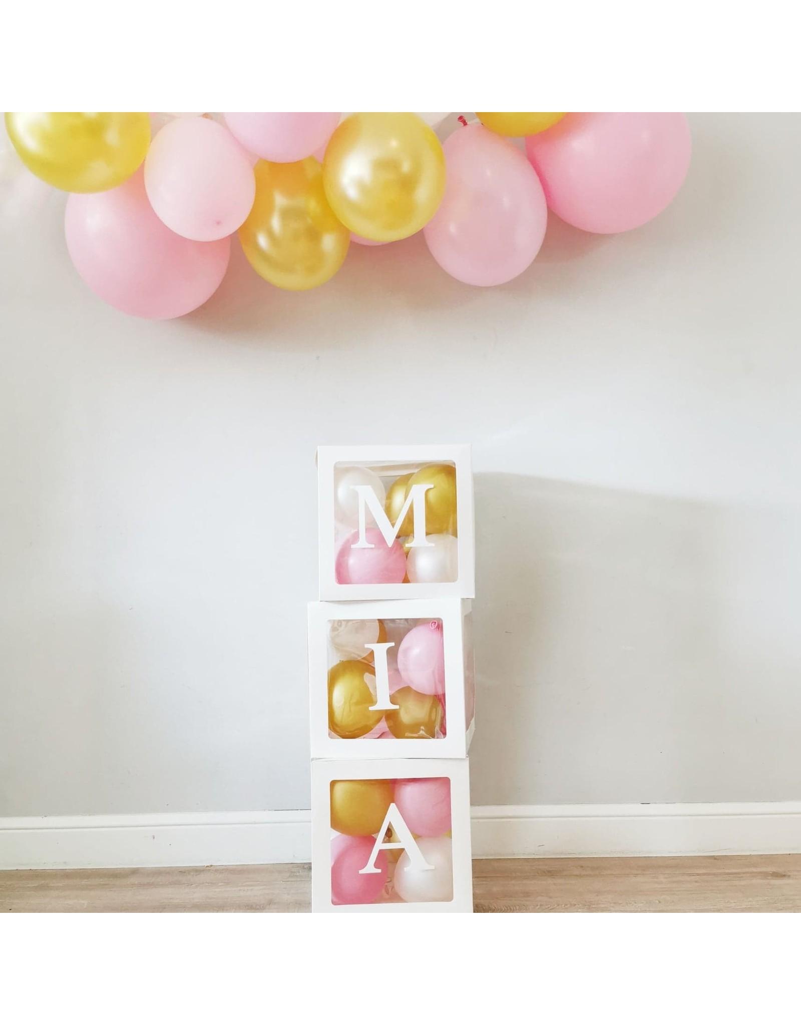 Momof3 DIY Ballonnen box: met naam