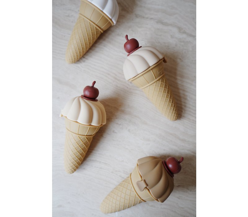 Konges Sløjd Silicone Ice Cream Moulds - 4 Pack MULTI