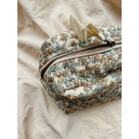 Konges Sløjd Small Quilted Toilettry Bag - ORANGERY BEIGE