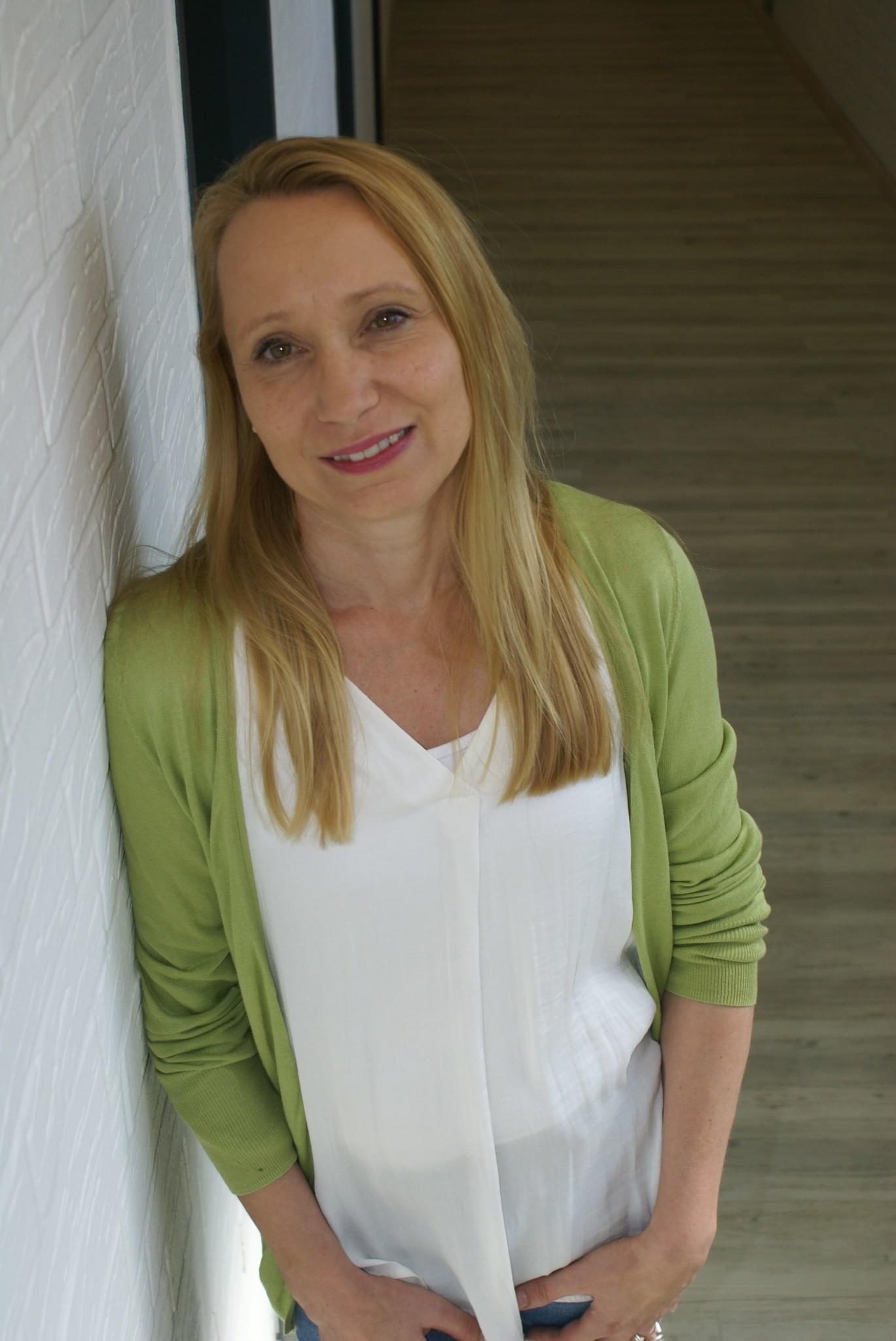 Claudia Mohns, Produktionsplanung