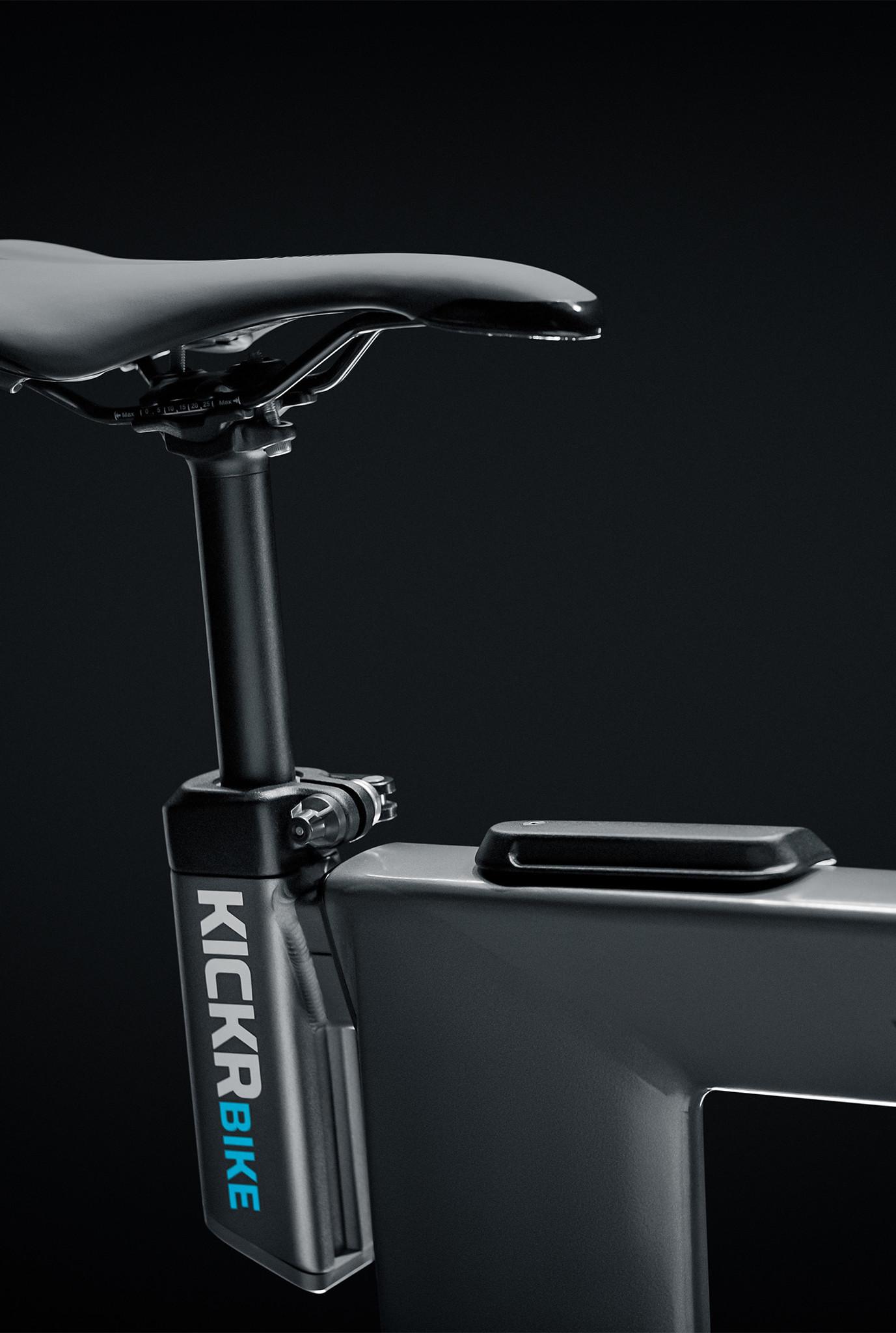 KICKR Bike-7