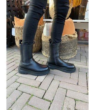 Rumah Chelsea boots