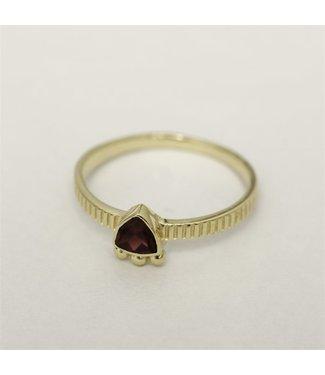 MUJA JUMA Gold Plated Garnet Ring Maat 54